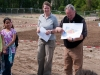 Planer Udo Dagenbach und die Projektverantwortliche des Bezirks Mandy Adam