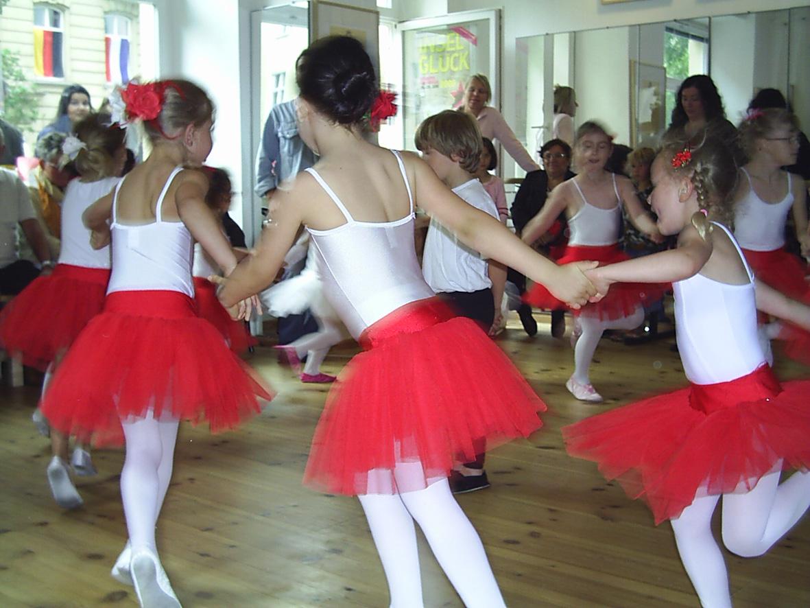 ballettstudio-ladore_c_claudia-maluenda