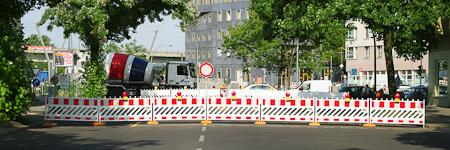 Sackgasse während der Umbaumahme der Quitzowstraße gewöhnt an neue Verkehrsführung