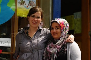 Tabea und Esra vom Mädchenkulturtreff